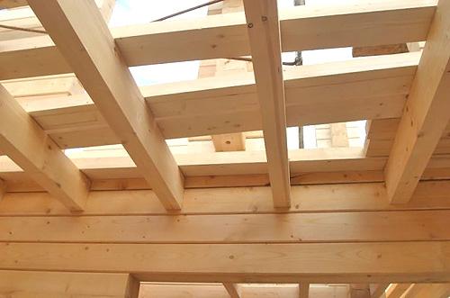 деревянные перекрытия в доме фото
