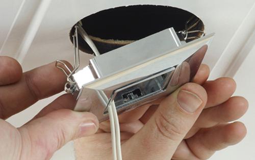 установка точечных светильников фото