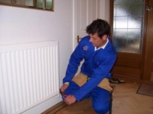 замена батарей отопления в квартире своими руками фото