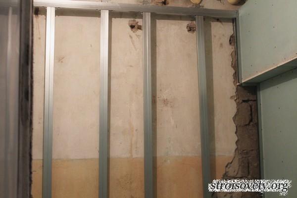 Обшить стену гипсокартоном