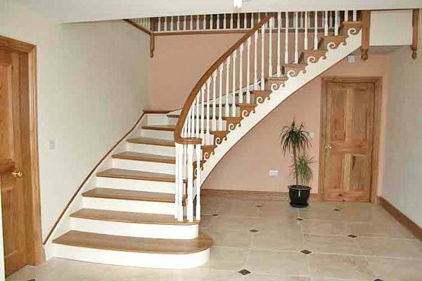 красивые лестницы деревянные на второй этаж фото