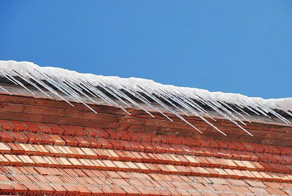 защита крыши от льда