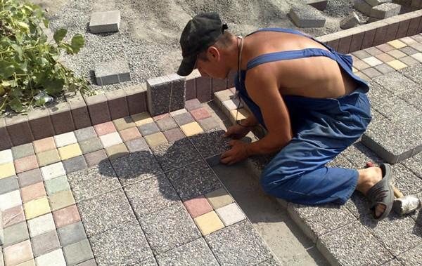 варианты укладки тротуарной плитки фото