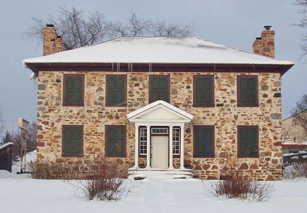 особенности строительства каменных домов