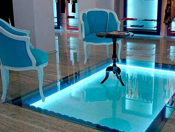 стеклянные вставки в полу
