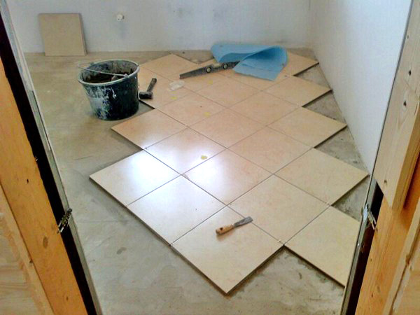 How to put tile on the floor diagonally