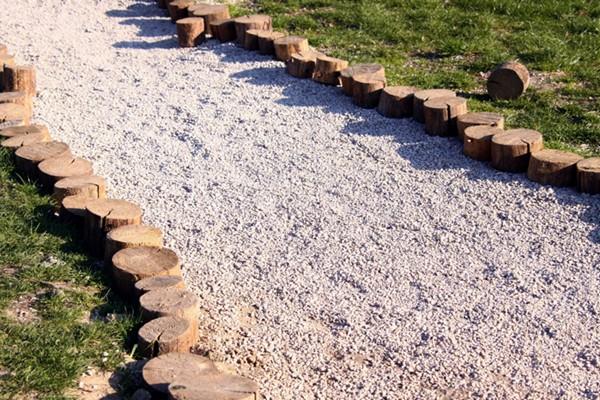 дорожки на садовом участке из сыпучих материалов фото
