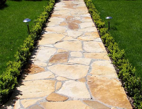 укладка садовых дорожек из камня