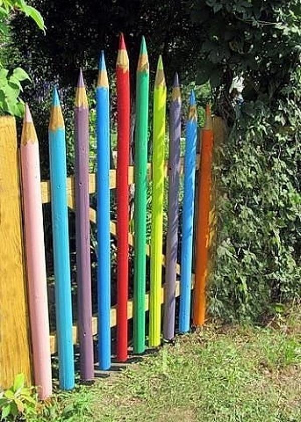 оригинальная деревянная калитка в сад фото