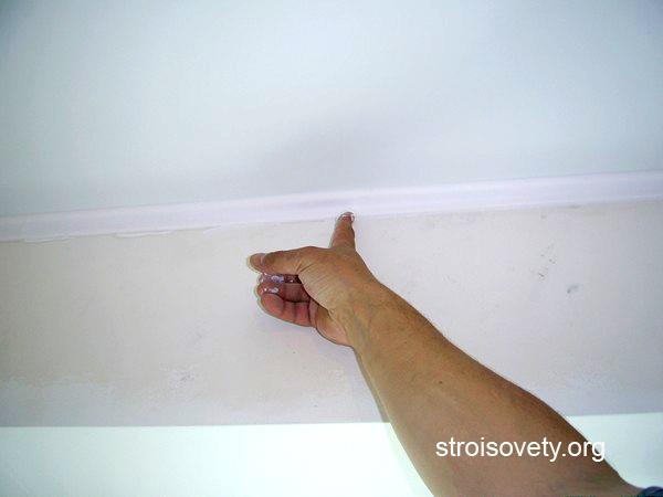 установка багета для натяжных потолков своими руками фото