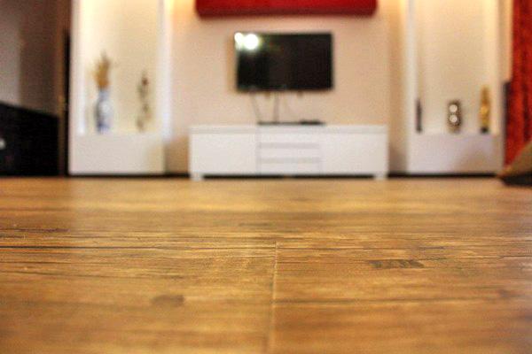 pose de carrelage dans une piece non d equerre strasbourg lille asnieres sur seine taux. Black Bedroom Furniture Sets. Home Design Ideas