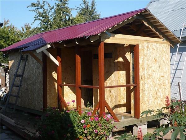 из чего сделать крышу сарая