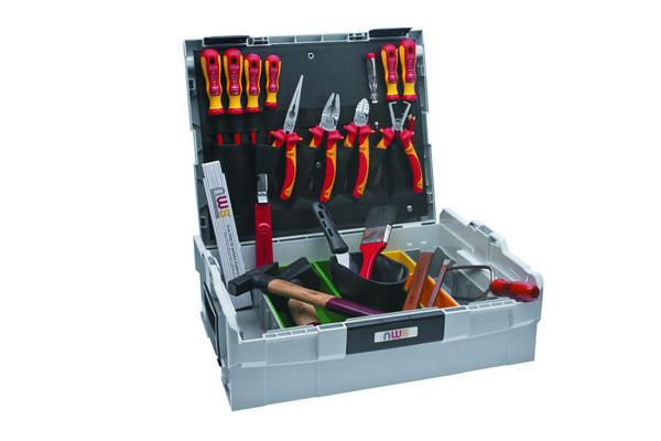 универсальный набор инструментов в чемодане фото