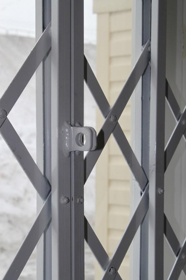 раздвижные металлические решетки фото