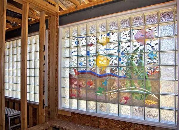 стена из стеклоблоков фото