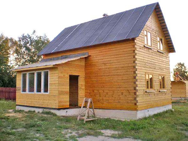 как построить пристройку к деревянному дому фото
