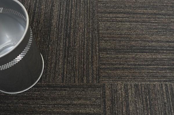 ковровая напольная плитка фото