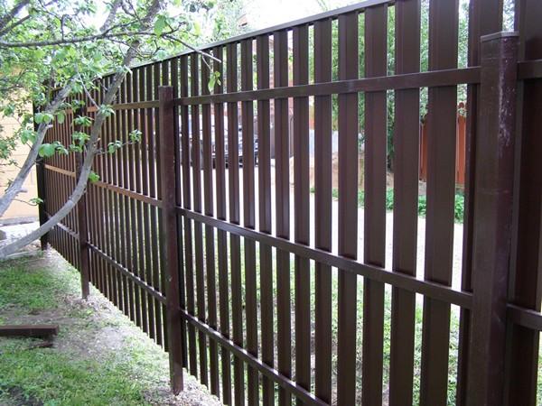 штакетный забор фото