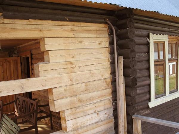 строительство пристроек к деревянному дому