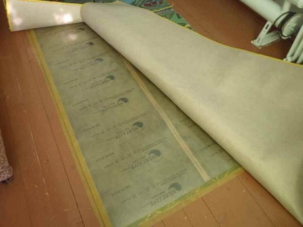теплый пол под ковровое покрытие фото