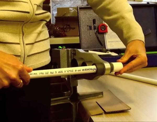 установка полипропиленовых труб фото