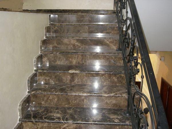 ступени из керамогранита для лестниц фото