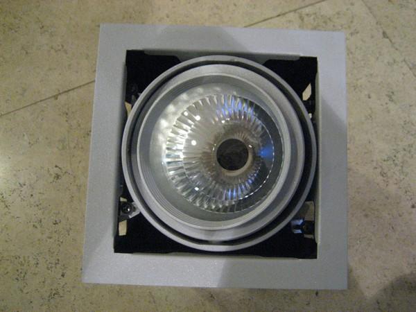 карданный светильник встраиваемый фото