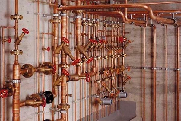 водопроводная медная труба фото