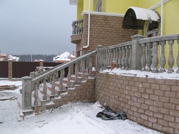 балясины для лестниц фото