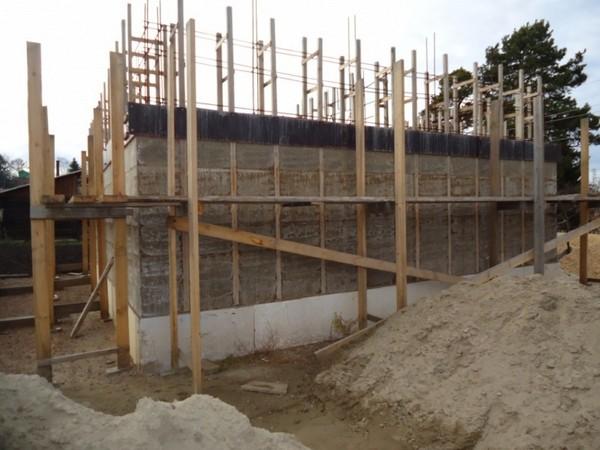 Строительство монолитных домов из арболита своими руками