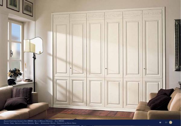 распашные двери для встроенного шкафа фото