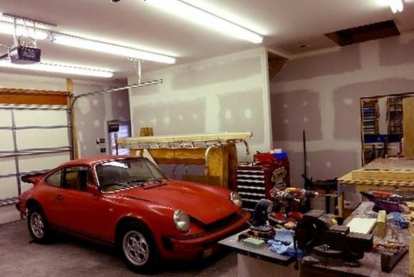 как сделать освещение в гараже фото