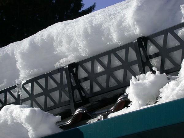 снегозадержатель на крышу фото