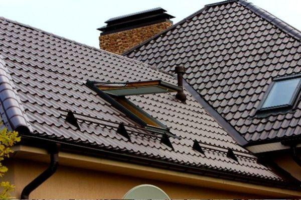 установка снегозадержателей на крыше из металлочерепицы фото