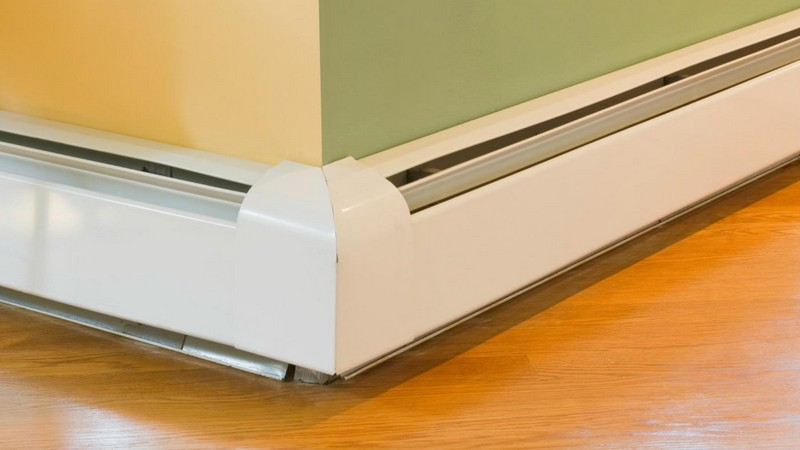 плинтусная система отопления фото