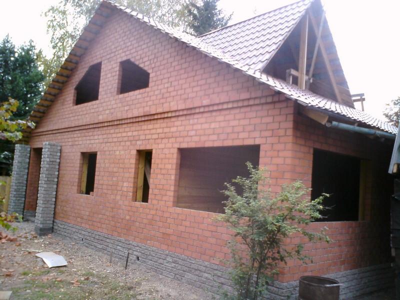 строительство дома из кирпича фото