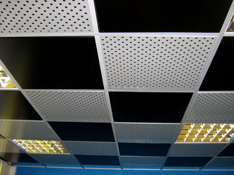 алюминиевые кассетные потолки фото