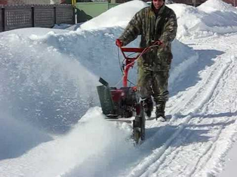 снегоуборщик из бензопилы своими руками фото