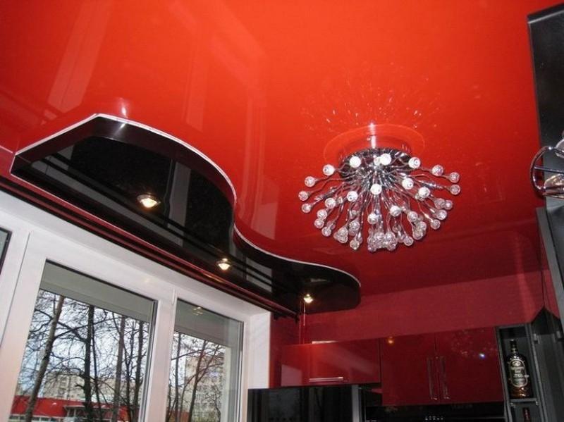 выбор люстры для натяжного потолка фото
